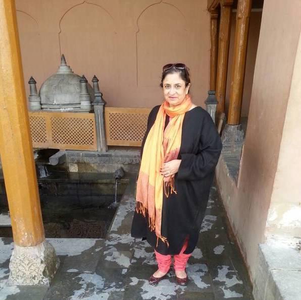 My Trip to Kashmir in 1976 by Sunita Bedi