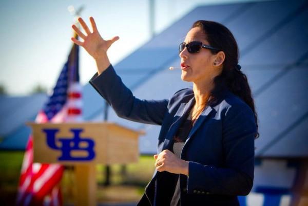 Meet Dr. Samina Raja:  Recipient of Western New York's 40 Under Forty Award & Dale Scholar Prize