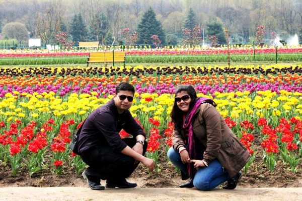 This Couple from Kolkata Lived in Kashmir for Two & Half Years and What They Experienced Was Something Absolutely Beautiful