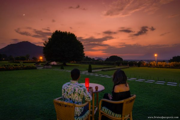 Take a Look at These Breathtaking Pictures Captured in Kashmir by Travel Blogger Couple